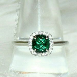 Sterling Silver Green Emerald White Sapphire Ring